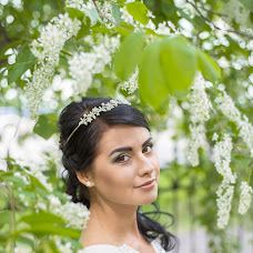 Wedding photographer Viktoriya Nikitina (ViktoryN). Photo of 19.05.2015