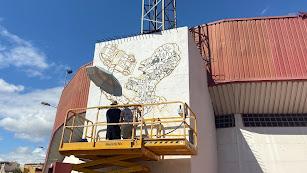 Boceto del grafiti que se está pintando en el Juan Rojas.