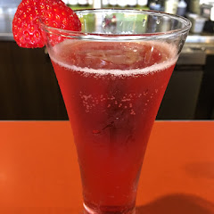 Refreshing Pomegranate mimosa 😋!