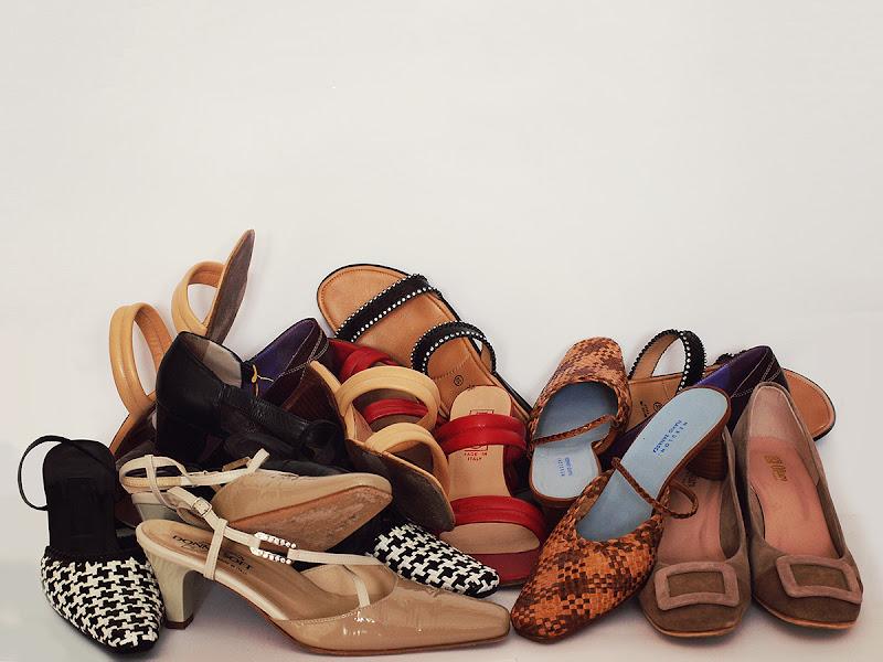 Scarpe fuori moda, è ora di fare shopping! di utente cancellato