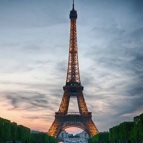 Eiffel Tower at sunset by Jack Nevitt - Buildings & Architecture Statues & Monuments ( clouds, paris, eiffel tower, sunset, france, gold )