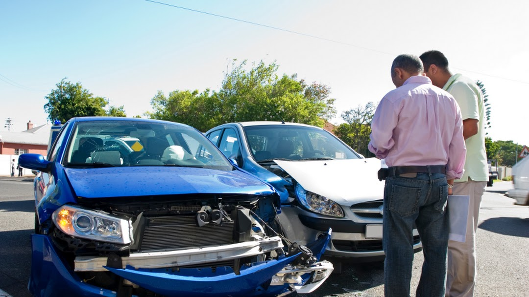 Gentle Auto Accident Attorney Dinuba LELD - Law Firm
