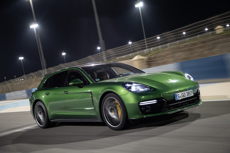 Thomas Falkiner driving the new Porsche Panamera Sport Turismo GTS at the Bahrain International Circuit