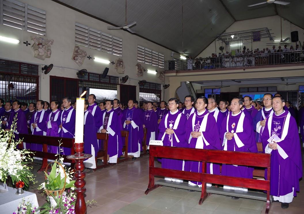 Thánh lễ an táng Cha Giuse Trần Ngọc Tâm - Chánh xứ Xuân Đức - Ảnh minh hoạ 27