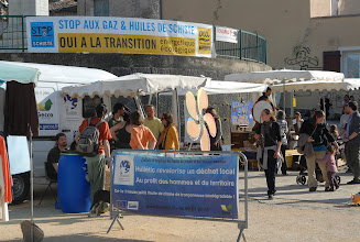 Photo: 1er Forum à la Transition énergétique & écologique - Collectif Ardèche - les 13/14 avril 2013 à Villeneuve-de-Berg 07 - Le village des Possibles - © Olivier Sébart