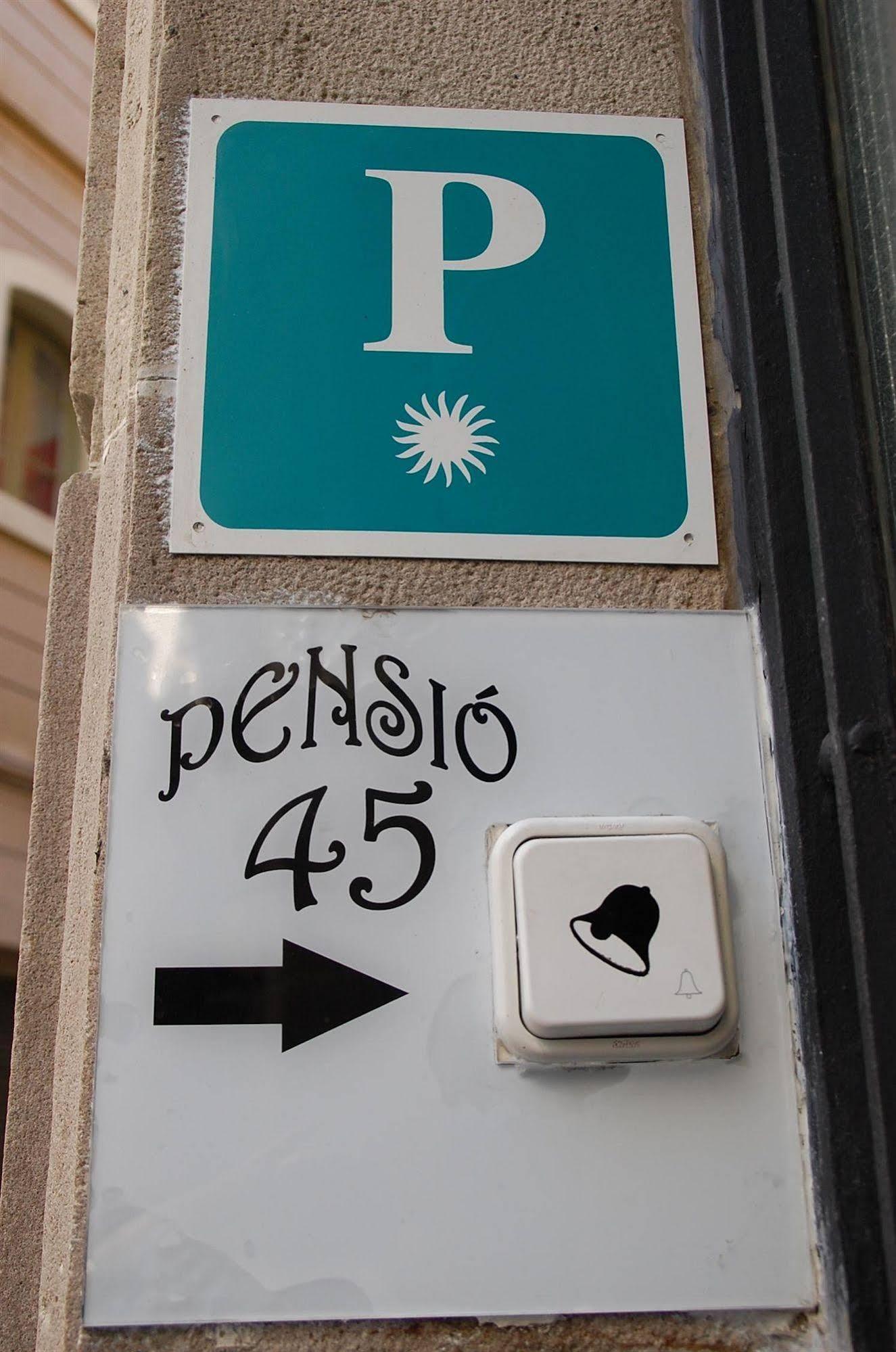 Pension 45