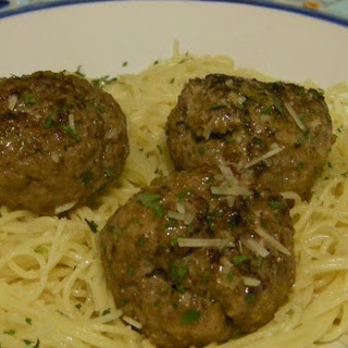 Meatballs in Cream Sauce with Garlic Butter Pasta