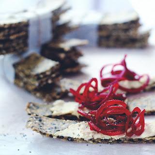 Gluten-free Sesame Crisp Bread