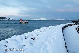 Photo: Fisshing vessel inbound for the harbor in Ålesund