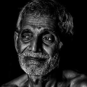 দত্তবাবু..... by Ashif Hasan - People Portraits of Men ( ashif hasan, men, dark, black and white, man, portrait, people, dark background )