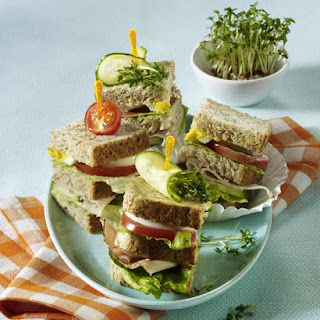 Light Club Sandwich