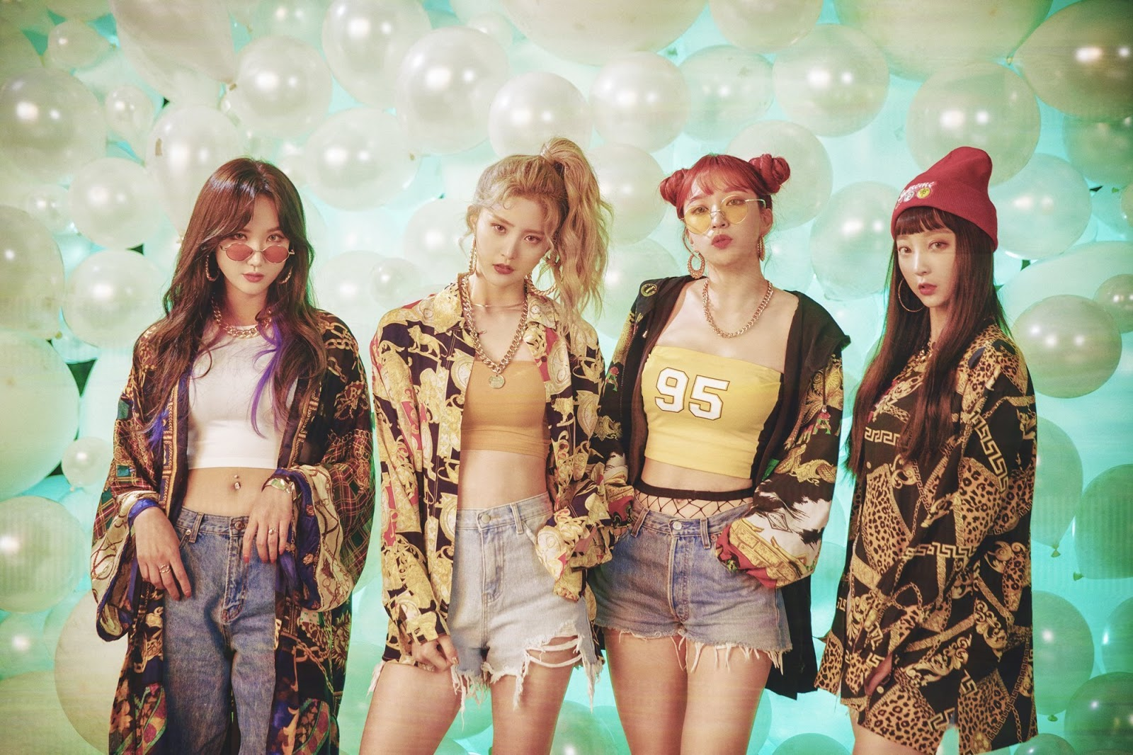 912355d1102 EXID s throwback 80s and 90s outfits will make you want to visit the  nearest thrift store.