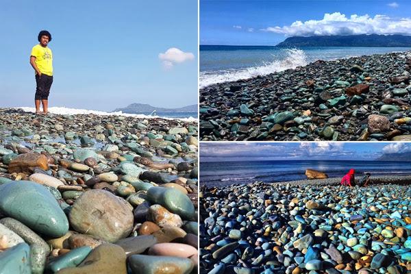 Blue Stone Beach Flores