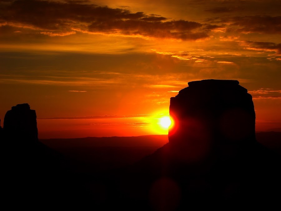 Sunset in Monument Valley 2 by Amory Godwin Grijaldo - Landscapes Mountains & Hills ( pwcredscapes )