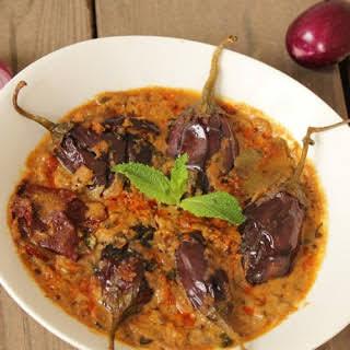 Hyderabadi Baingan Ka Salan (Baby Eggplant simmered in Rich Spicy Gravy- Indian Style).