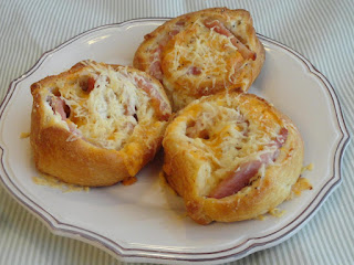 Three Cheese Breakfast Wheels Recipe