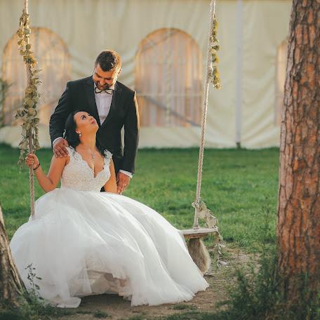 Wedding photographer Claudiu Boghina (claudiuboghina). Photo of 01.09.2017