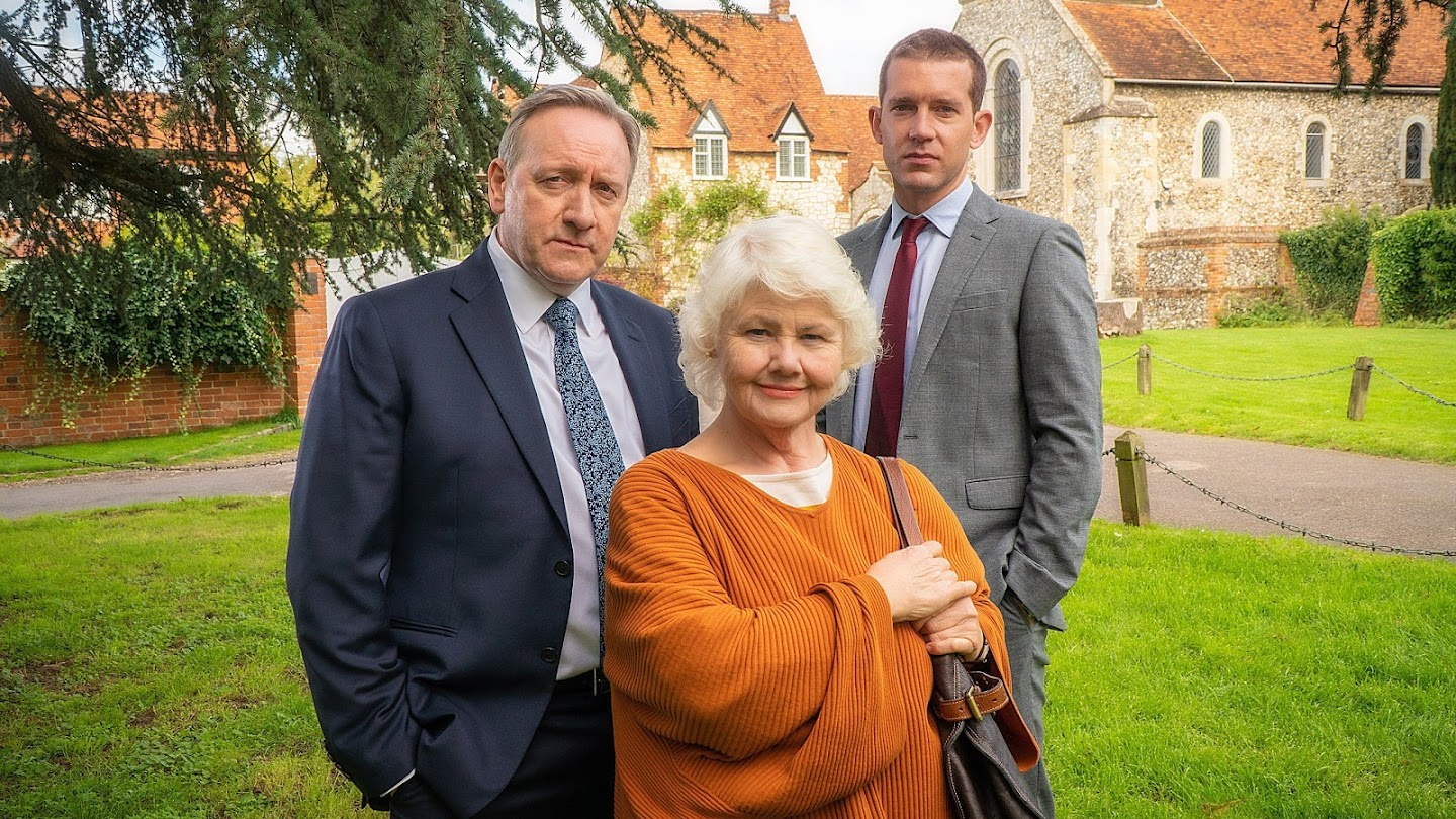 Watch Midsomer Murders live