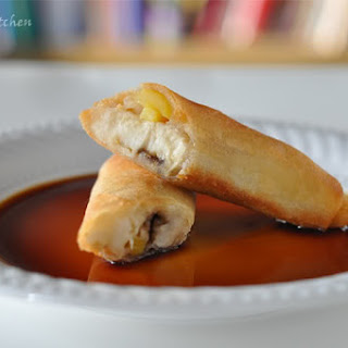 Turon (Banana and Jackfruit Wrapped in Spring Roll Wrapper)