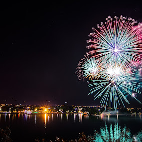 The fire flower. by Mattia Bonavida - Landscapes Starscapes ( amazing, exposure, water, colors, reflections, fireworks, nikon, long, place, nightscape )