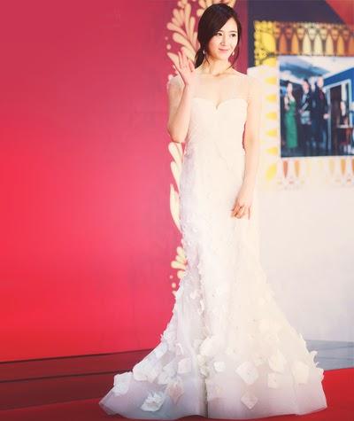 yuri gown 12