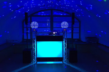 Mobile Disco & DJ In Bracknell | DJ CJ Disco