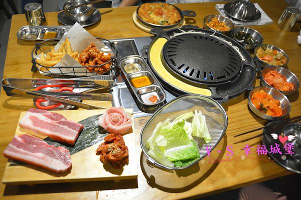 MANNA 만나 韓式烤肉專門店 ~ 美魔女韓國老闆娘,韓式烤肉、超棒海鮮湯麵,不用到韓國在板橋就可以吃到道地韓式料理
