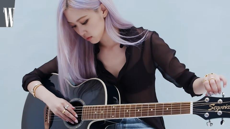 rose guitar