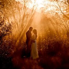 Wedding photographer Wojtek Hnat (wojtekhnat). Photo of 17.10.2018