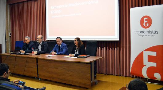 Los economistas, pesimistas sobre el futuro de Almería