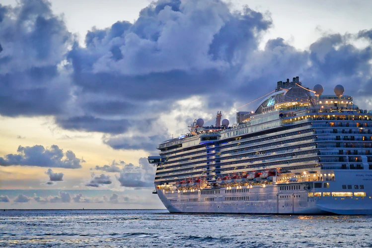 World Cruise - For All Those Who Seek A Lifetime Experience