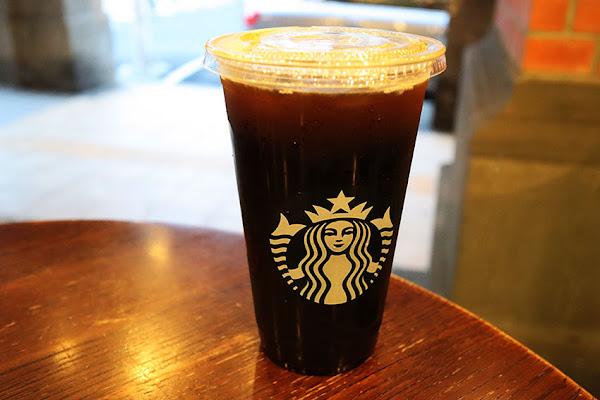 STARBUCKS 星巴克保安門市,大稻埕咖啡,古蹟,巴洛克式風格,在古宅裡啜飲咖啡香,大稻埕古宅,下午茶