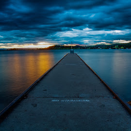 Wayfarers Sunset by Mike Lee - Landscapes Sunsets & Sunrises ( clouds, traveling, sky, nature, flathead lake, wayfarers state park, sunset, montana, outdoors, lake, travel,  )