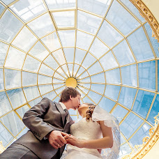 Wedding photographer Mariya Burmistrova (curlymary). Photo of 11.02.2014