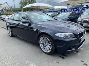 BMW M5 AUTO