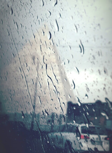 Caio Cestio sotto la pioggia di fremorgan