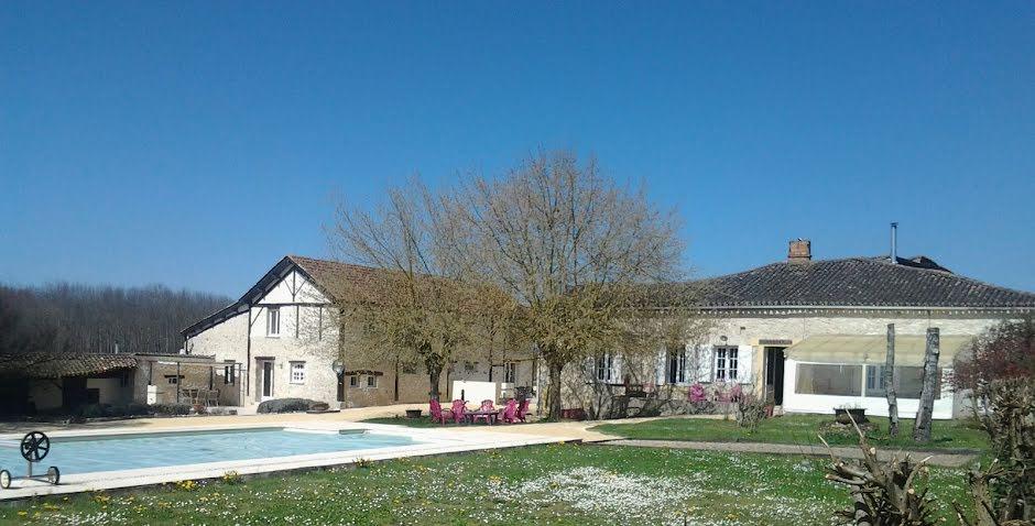 Vente maison 9 pièces 291 m² à Sainte-Sabine-Born (24440), 386 900 €