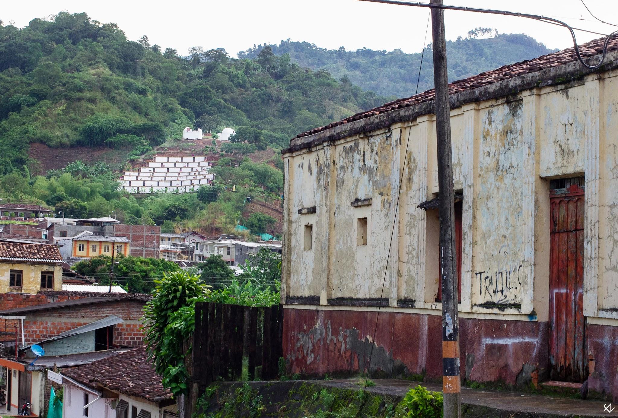 Photo: El pueblo de Trujillo, Valle de Cauca, sufrió una de las masacres más conocidas y mejor documentadas de Colombia. Mas de veinte años después sus víctimas siguen reclamando justicia.
