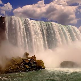 Niagara Falls by Arda Erlik - Landscapes Waterscapes ( canada, fall, ontario, niagara, travel )