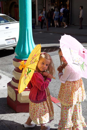 kids-in-Chinatown-San-Francisco - Girls with parasols in the Chinatown neighborhood of San Francisco