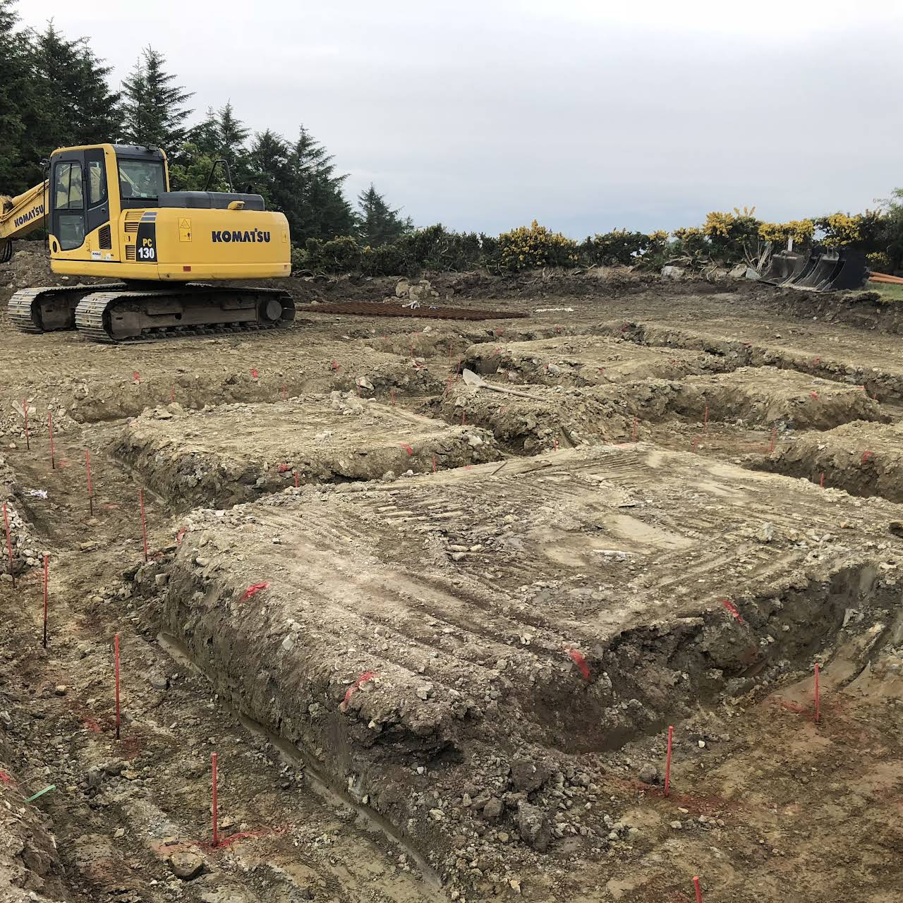 Eamon Gallagher plant hire ,A1 construction civils - Plant And