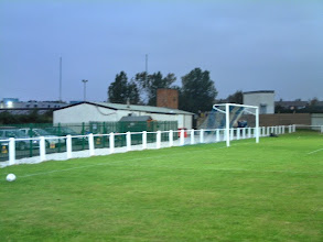 Photo: 29/09/04 v Teversal (CML Supreme Division) 4-3 - contributed by Martin Wray