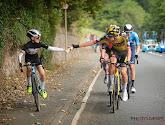 🎥 Drinkbus volstaat niet, ploegmaat van Wout van Aert geeft jonge fan hele wieler-experience