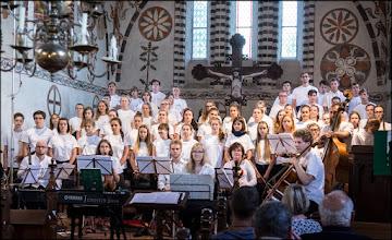 Photo: Konzerte des Choralchor der St.-Johannis-Kantorei Rostock 39. Singwanderung von Sonnabend, 23. Juli bis Sonnabend, 30. Juli 2016 25.7. – Kirche Blankenhagen; 26.7. – Lukaskirche Graal-Müritz; 27.7. – St.-Bartholomäus-Kirche Damgarten; 28.7. – Kirche Semlow; 29.7. - St.-Jürgen-Kirche Starkow. Musik, Wandern und Festspiele: https://goo.gl/YJ8fLK