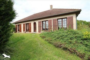 maison à Saint-Michel-de-Volangis (18)