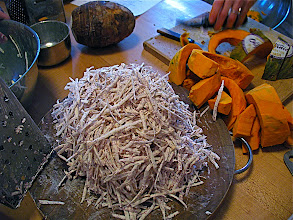 Photo: grated taro for fritters
