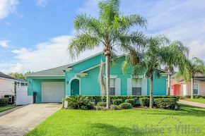Orlando rental villa, gated community, near Disney, south-facing pool, lake and conservation view