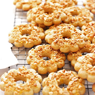 Russian Cookie Rings ~ Pesochnie Kolechki