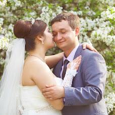 Wedding photographer Ilya Latyshev (iLatyshew). Photo of 22.04.2014