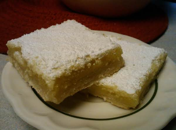 Super Easy Lemon Bars Recipe
